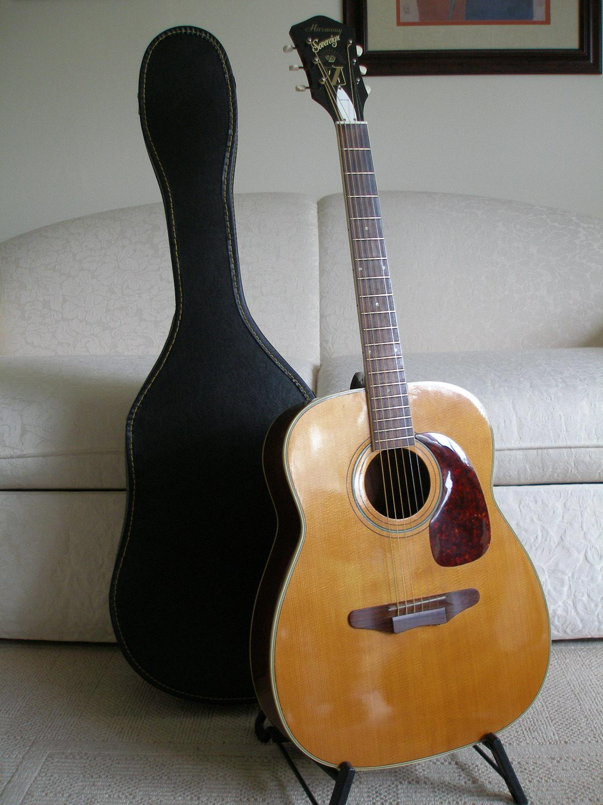 Sovereign H1260 Guitar Made By Harmony