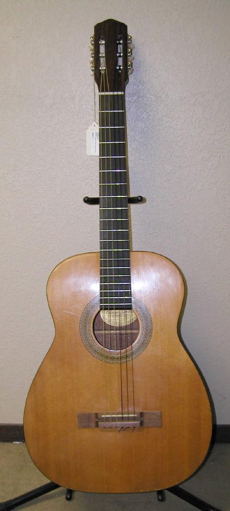 guitare classique harmony