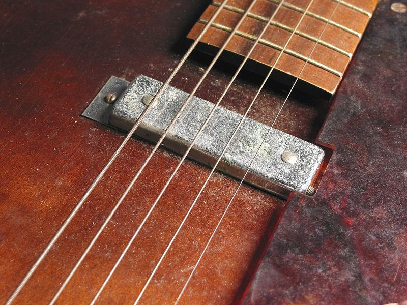 Hollywood H39 guitar - made by Harmony on