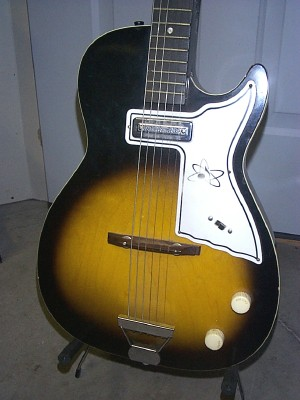 Stratotone Mars H45 guitar - made by Harmony on