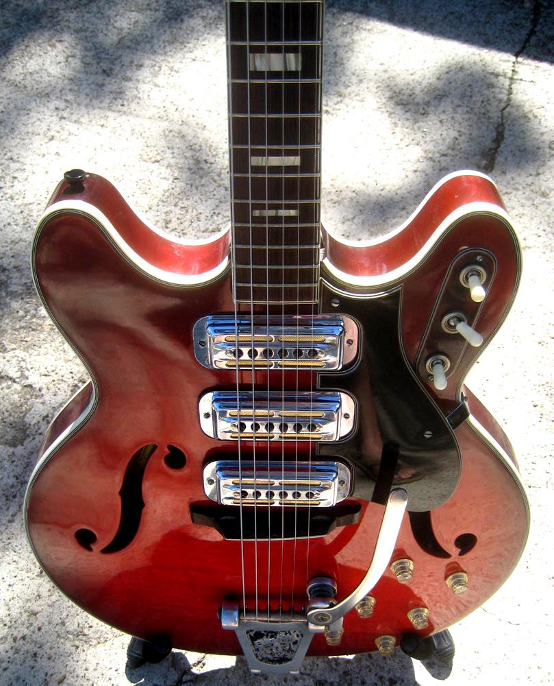 3 pickup H78 guitar - made by Harmony